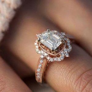 18K STRAWBERRY GOLD DIAMOND ENGAGEMENT HALO RING
